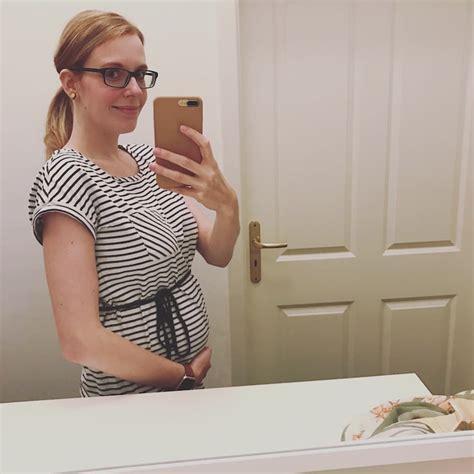 schwanger ab wann zum arzt harmony pr 228 natal test screening in der schwangerschaft