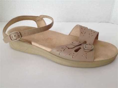 Sas Shoes Womens 9 5 Ww Tan Sandals Tripad Comfort Made In