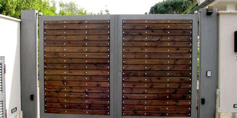 doghe in legno per rivestimento doghe in legno per cancelli recinzione balcone cerca con