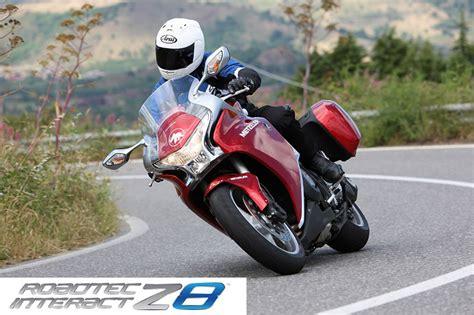 Motorradreifen Laufleistung by Metzeler Roadtec Z8 Interact Test