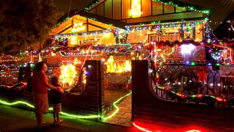 where are the best christmas lights in orange central