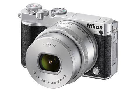 nikons  mirrorless camera   companys
