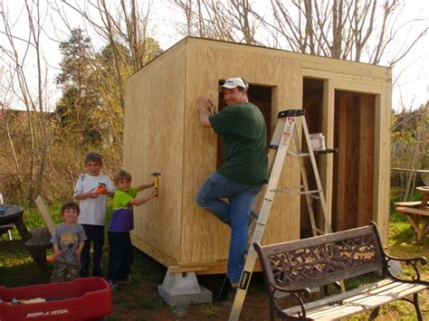 how to make a house a home building his kids a club house
