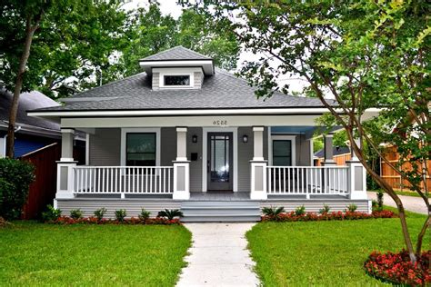 all the details craftsman style single story house plans