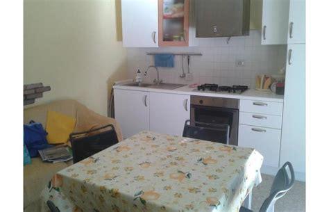 marche privati privato vende appartamento appartamento vicino il mare