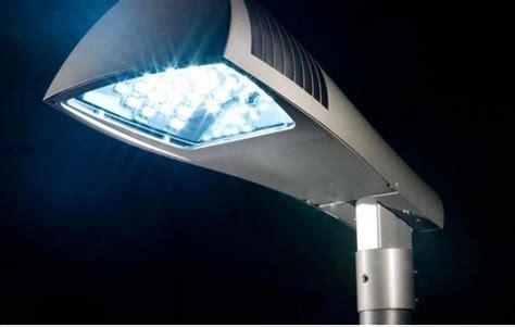 illuminazione stradale normativa illuminazione pubblica l emilia romagna aggiorna la