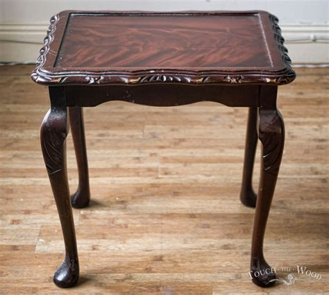 Wait Tables by Shabby Chic Table Waiting 01 Touch The Wood