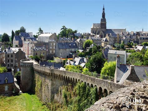 2 Bedroom Houses dinan rentals for your vacations with iha direct