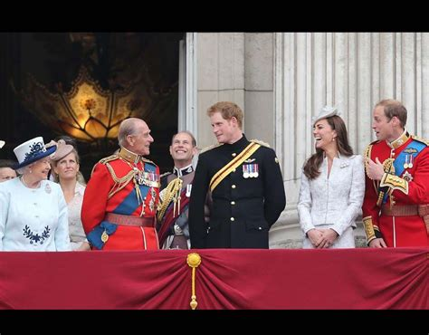 members of the british royal family trooping the colour 2014 london pictures pics
