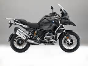 Bmw Gs Adventure 2017 Bmw R1200gs Adventure Black Looks Sleek