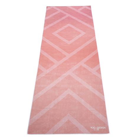 Mat Res by Towel Labyrinth