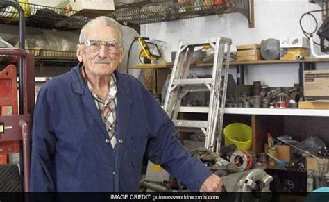 92 year sets world s oldest plumber record