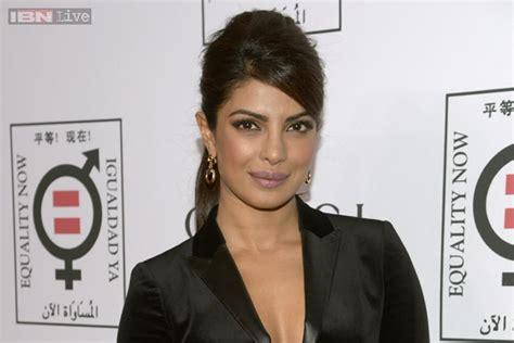 film quantico fbi priyanka chopra to play an fbi agent in abc s new tv show