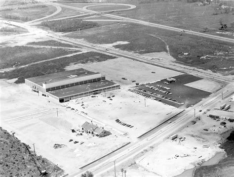 Press Archives Views Of The Flashback Aerial Views Of The Maine Mall In 1969 And In 2015 Portland Press Herald