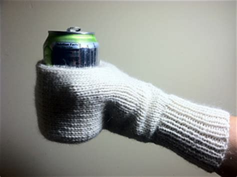 knitting pattern cup holder ravelry cupholder mitten pattern by chialee yeh