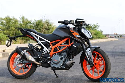 Ktm Duke 390 This Modified 2017 Ktm 390 Duke With A Matte Black Wrap