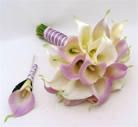Wedding Bouquet With Calla Lilies by Real Touch Calla Bridal Bouquet Groom S Boutonniere