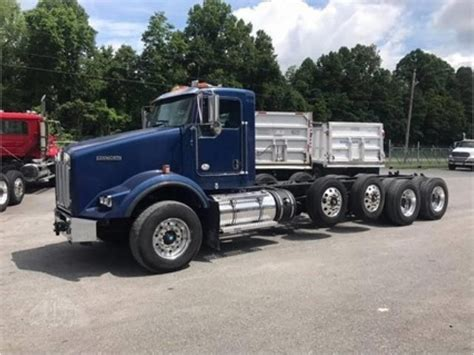 kenworth chassis for sale 2011 kenworth cab chassis trucks for sale used trucks on