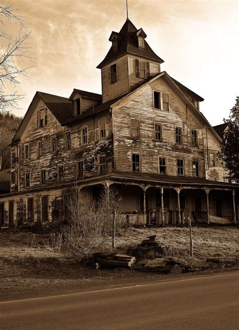 best haunted houses in texas 25 best ideas about haunted houses on pinterest