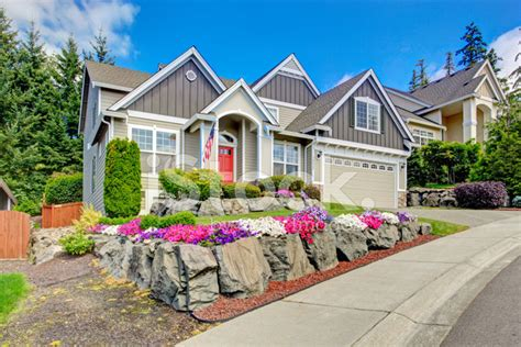 the american beauty houses photos american house with beautiful landscape and vivid flowers