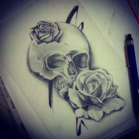 stili di lettere per tatuaggi tatuaggio teschio con rosa significato stili e immagini