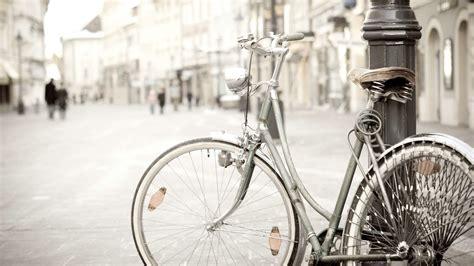classic bike wallpaper hd vintage bicycle mood hd wallpaper 2560x1440px bicycle