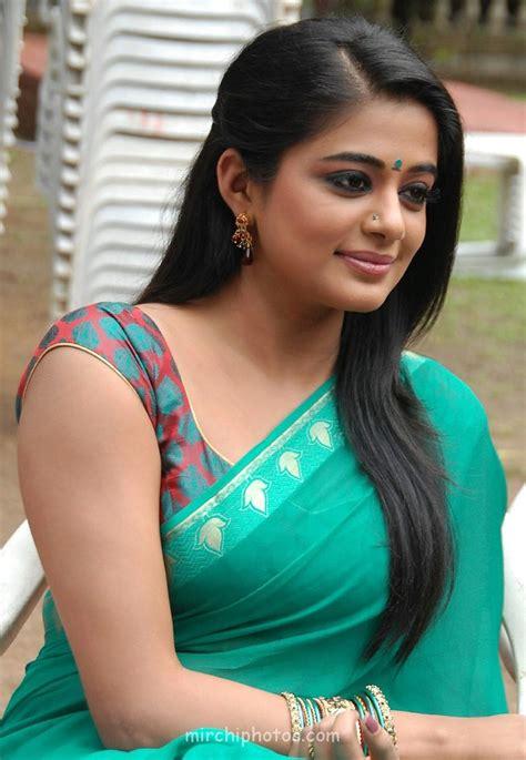 actress bikini saree indian actress south indian actress priyamani full