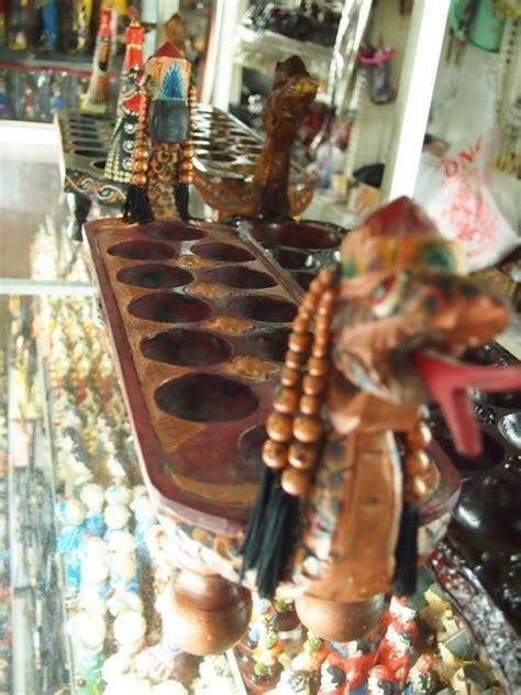 souvenir ganci papan congklak bukan hanya manusia saja yang punya warisan indonesia