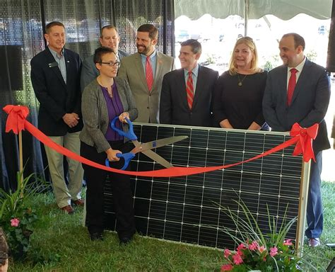 largest solar company northern kentucky home to state s largest solar array wvxu
