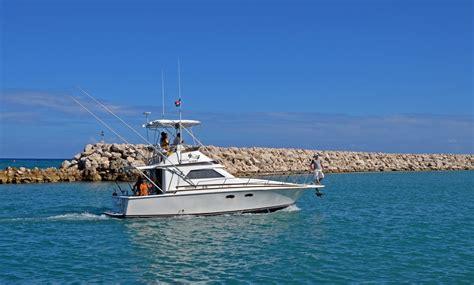 yacht for rent 35 feet yacht rental in cofresi puerto plata