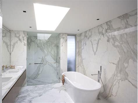 bagni in marmo bianco bagni in marmo bianco 20 idee per arredi di lusso