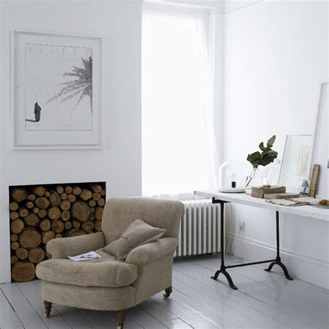 lona de stacked fireplace