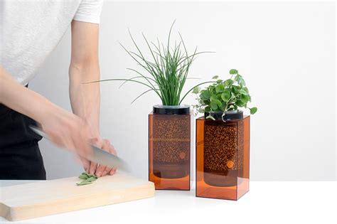 spacepot hydroponic planter brings nasa grade farming
