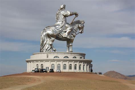 genghis khan equestrian statue wikipedia genghis khan equestrian statue