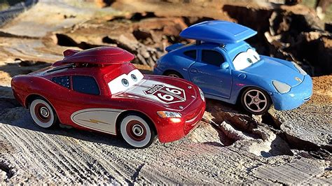 cars sally and lightning mcqueen disney pixar cars cruisin lightning mcqueen and sally