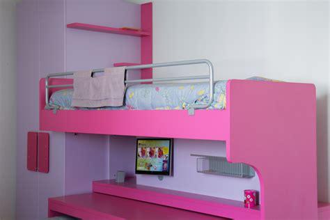 scrivanie economiche per camerette scrivanie per camerette scrivania in legno moderna con