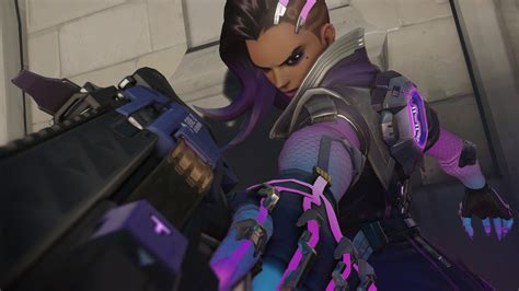 Pc Dlc Overwatch Lootbox X24 stealth hacker sombra arrives with new dlc for overwatch windows central