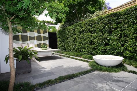 minimalist garden landscaping design for backyard with some tips felmiatika com