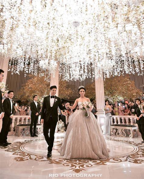 White Alinskie fairytale wedding come true glenn alinskie and chelsea