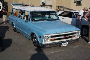 1968 chevrolet suburban images pictures and