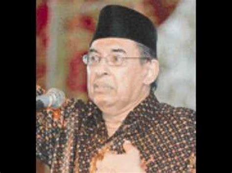 Tafsir Al Misbah Jilid Terpisah Quraish Shihab 5 quraish shihab tafsir al misbah surat al fajr 3