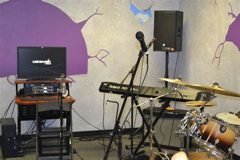 rehearsal room special edition rock n roll cs powered by roland gear u s
