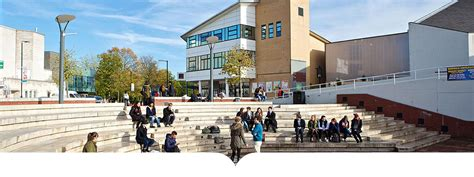 Warwick Mba Loan by Warwick Business School Courses And Application Information