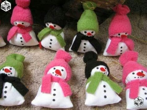 diy snowmen reuse socks winter and ideas
