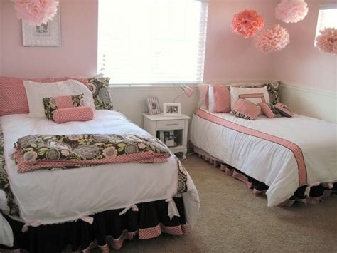 cute bedroom decor pinterest pink dorm rooms room ideas for girls and dorm room on