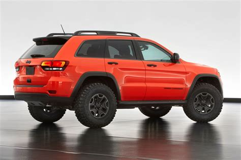 jeep grand cherokee trailhawk jeep 174 and mopar reveal six new concept vehicles cartype