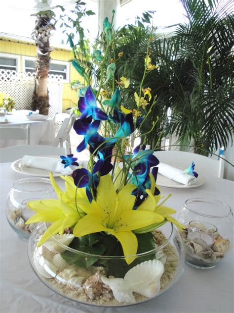 blue and yellow centerpieces blue and yellow flower wedding centerpieces the wedding