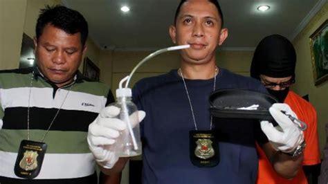 Rak Piring Balikpapan kepergok petugas pengunjung karaoke sembunyikan alat isap