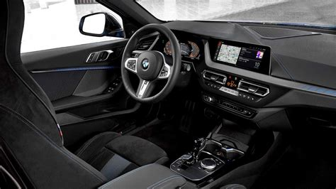 bmw  series hatch  mi