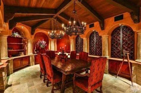 Luxurious Bathrooms mansion for sale includes this empire strikes back themed